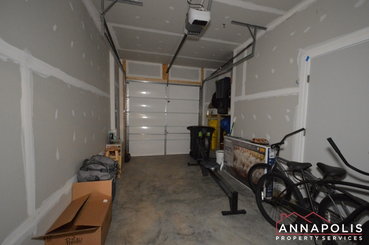 529 Leftwich Lane-Garage inside.JPG