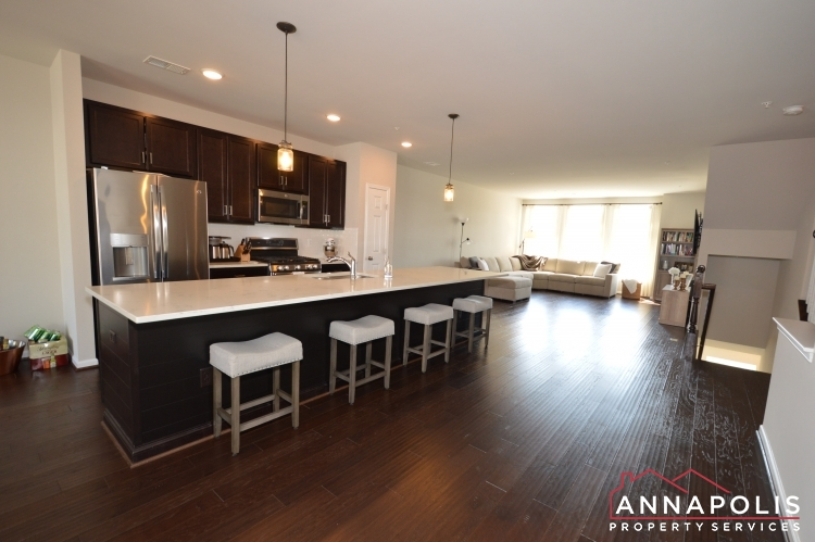 529 Leftwich Lane-Kitchen e.JPG
