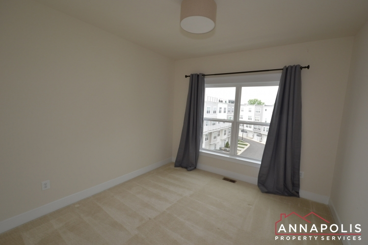 525 Leftwich Lane-Bedroom 2an(1).JPG