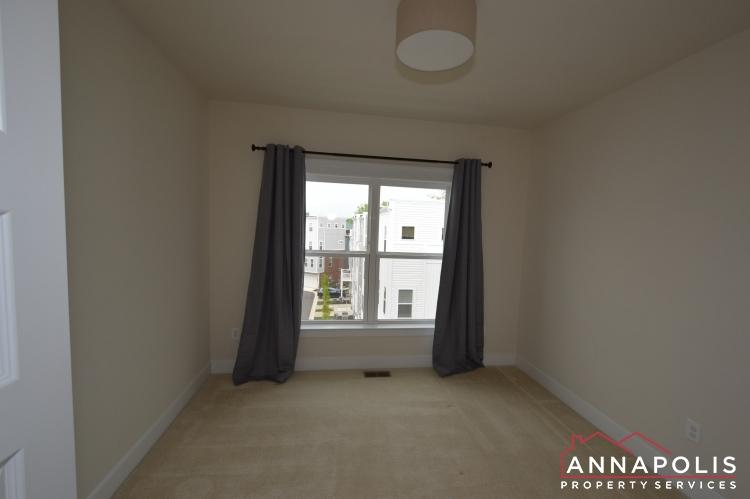 525 Leftwich Lane-Bedroom 2cn.JPG