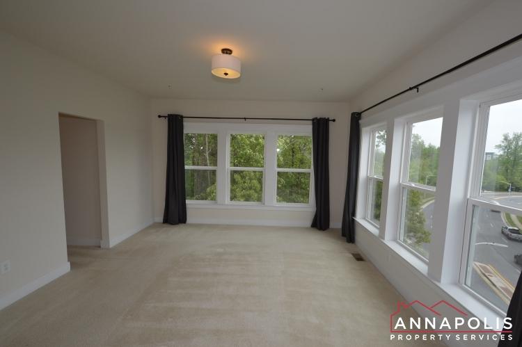 525 Leftwich Lane-Master bed cn(2).JPG