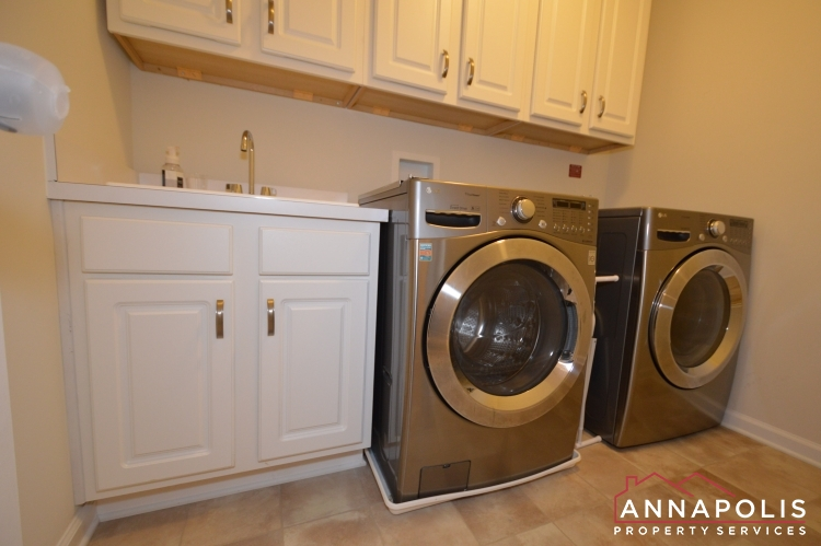 7948 Monrovia Drive-Washer and dryer.JPG