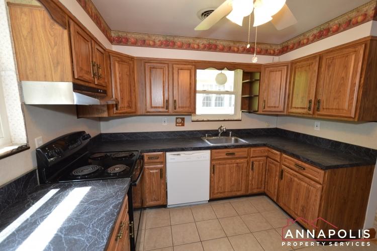 1008 Tudor Drive-Kitchen b(4).JPG