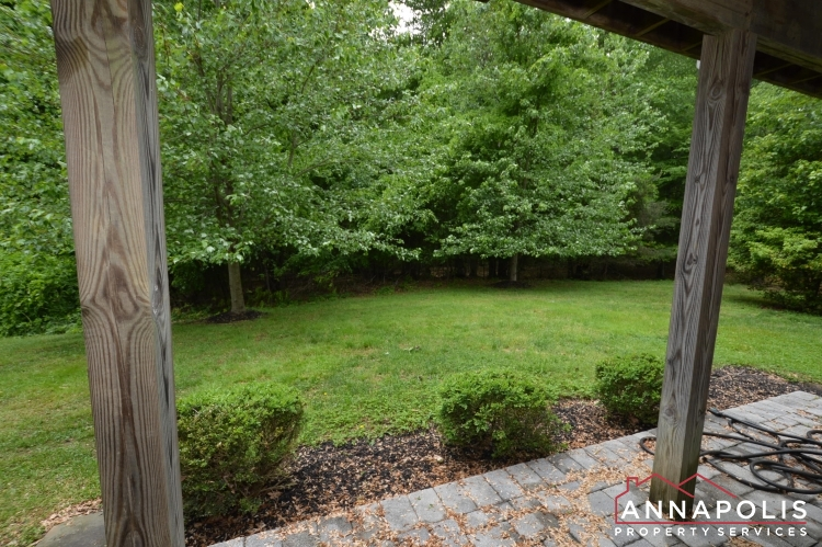 2517 Black Oak Way-Back patio.JPG