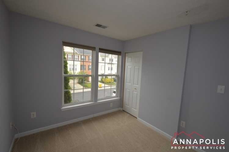 2517 Black Oak Way-Bedroom 2b.JPG