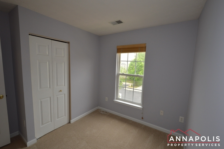 2517 Black Oak Way-Bedroom 3b.JPG