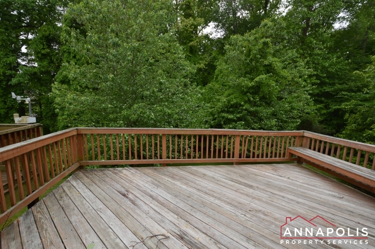 2517 Black Oak Way-Deck cn.JPG