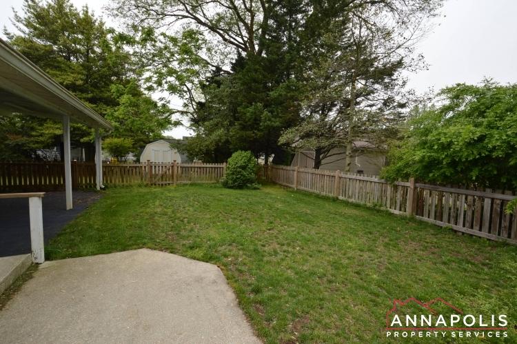 136 Washington Road-Back yard(1).JPG