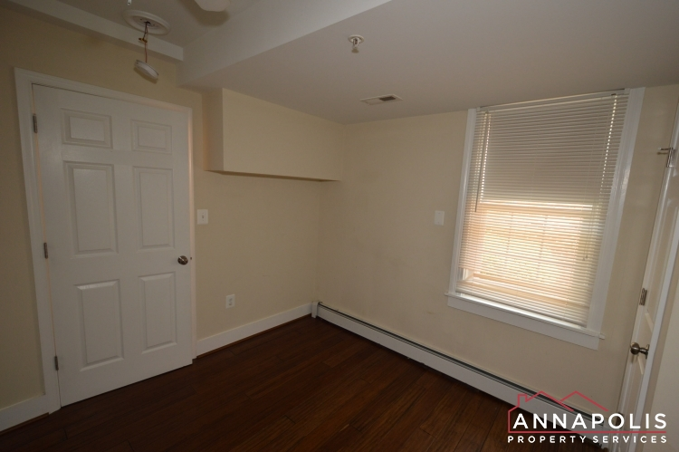 1201 West St #B-Bedroom b.JPG