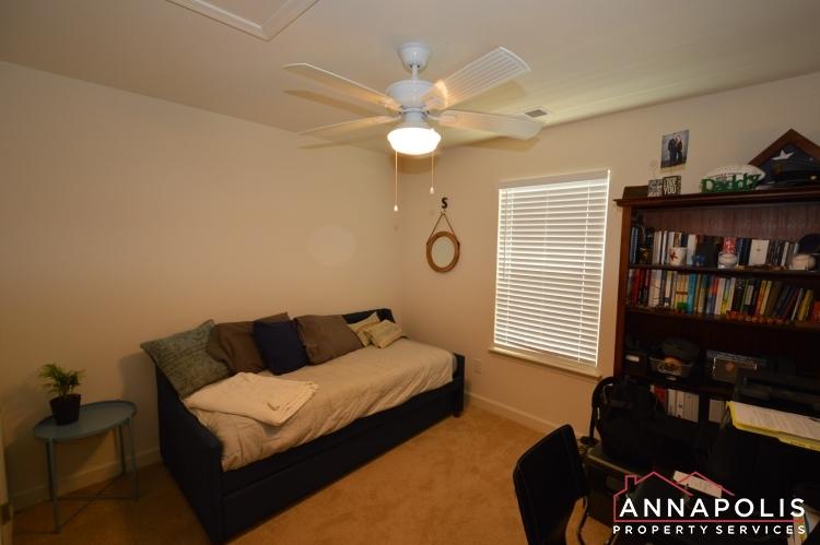 537 Kenmore Rd-Bedroom 3a.JPG