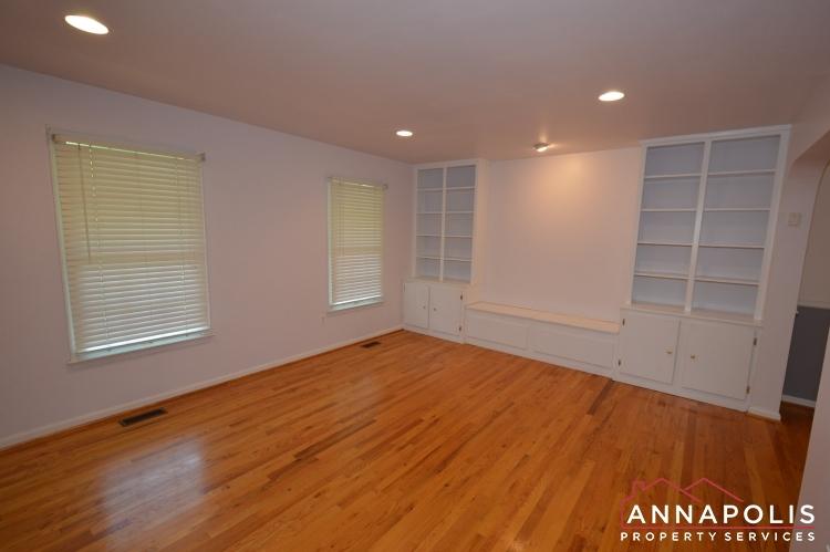 400 Duvall Lane-Living room ann.JPG