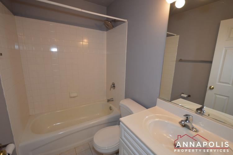 400 Duvall Lane-Main bath an.JPG