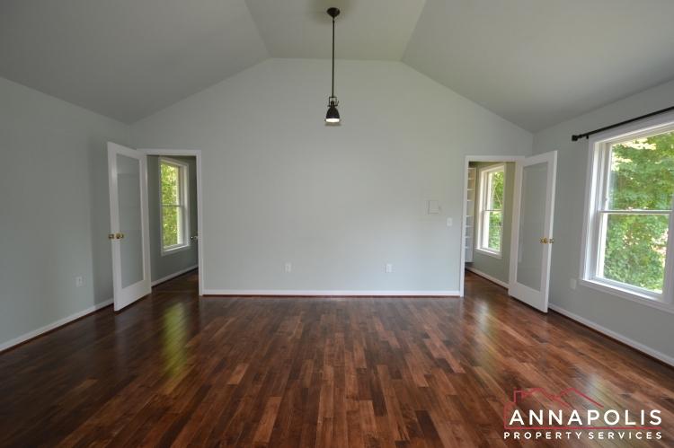 400 Duvall Lane-Master bed an.JPG