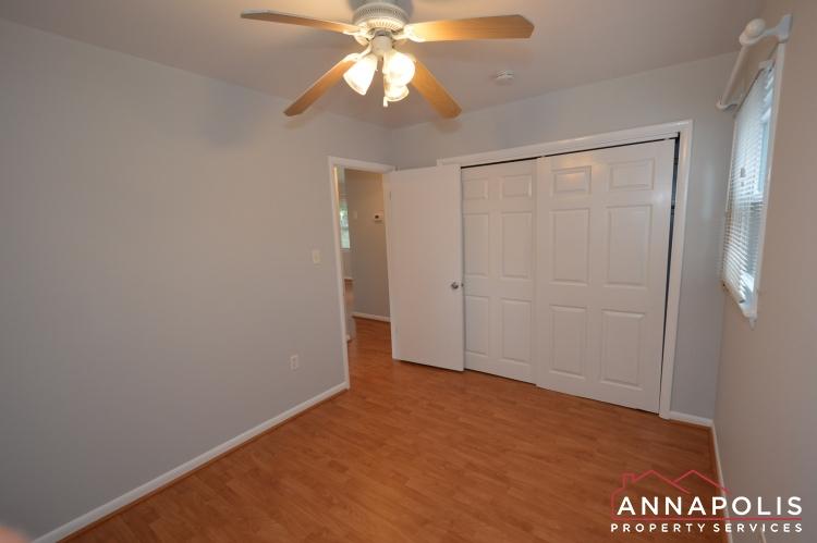 1404 Howard Road -Bedroom 1bn.JPG