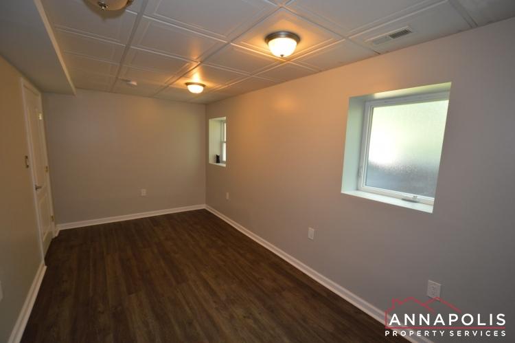 816 Maple Road-Bedroom 5b.JPG
