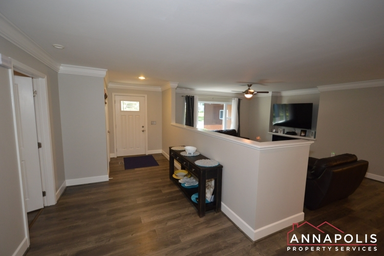 816 Maple Road-Front hallway a.JPG