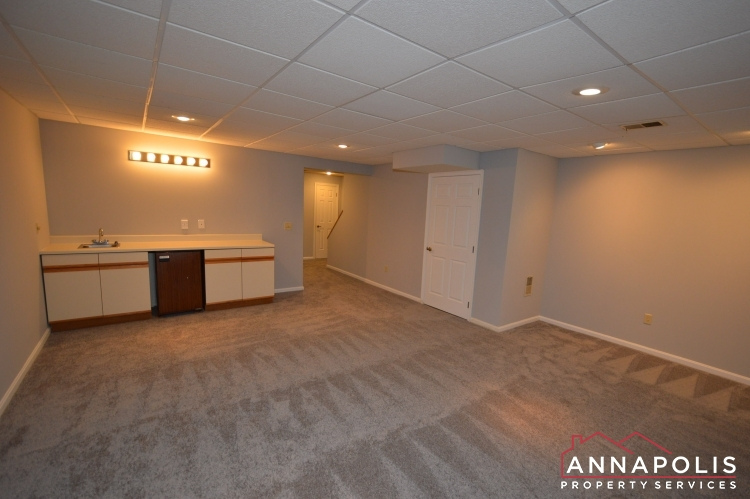 4 Tiburon Court-Family room c(1).JPG