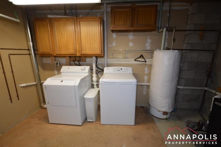 4 Tiburon Court-Washer and dryer(1).JPG