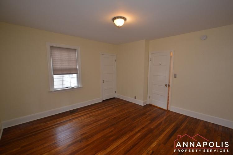 307 Old County Road-Bedroom 1bn.JPG