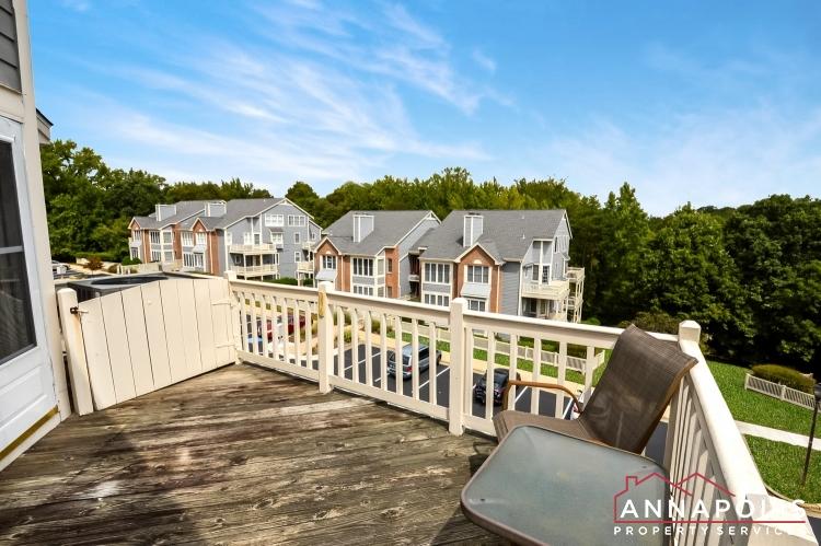 2707 Summerview Way #301-Deck c.jpg