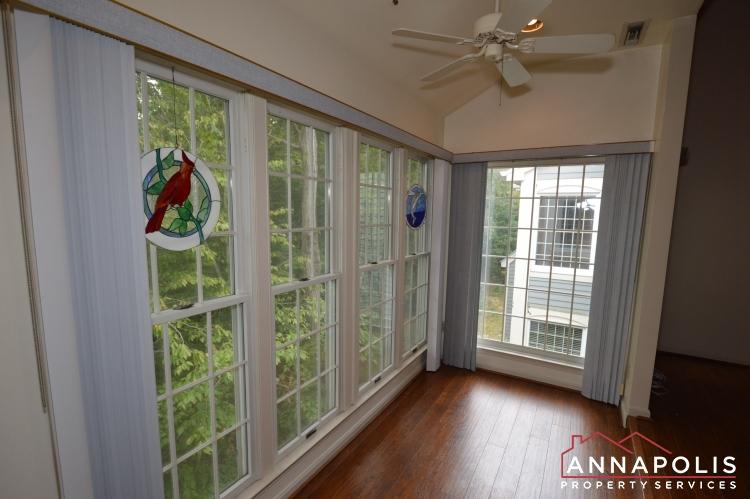 2707 Summerview Way #301-Sun room b.JPG