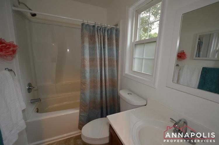 101 Great Oak Drive-Upper bath a.JPG