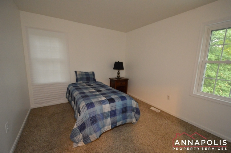 101 Great Oak Drive-Upper bed a.JPG