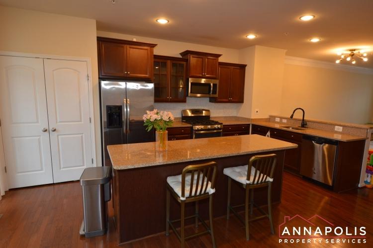 876 Nancy Lynn Lane-Kitchen b(2).JPG