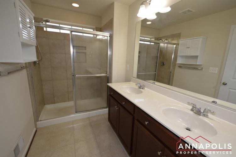 876 Nancy Lynn Lane-Master bath a(1).JPG