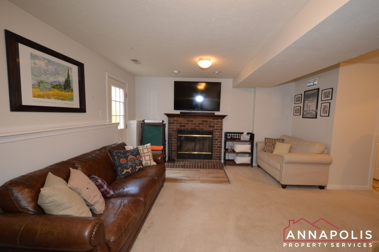 700 Pine Drift Drive-Family room a(1).JPG