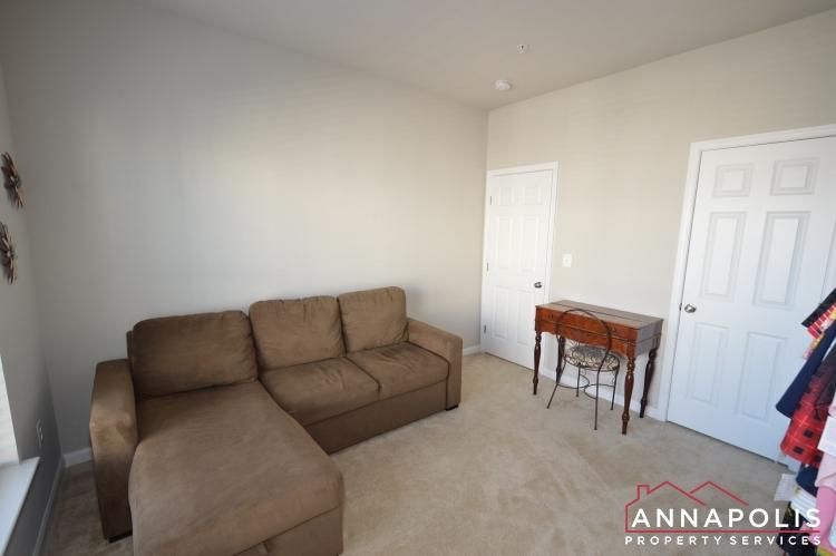 533 Leftwich Lane-Bedroom 3b.JPG