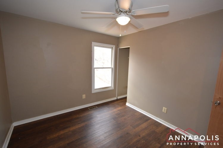 1607 Hilltop Road-Bedroom 3b.JPG