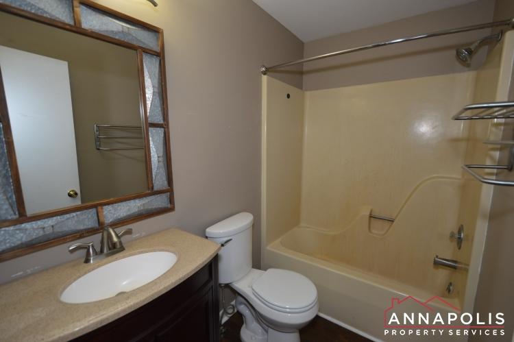 1607 Hilltop Road-Main bath a.JPG