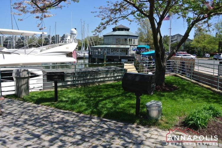 2106 E Chesapeake Harbour #T2-bbq grill a.JPG