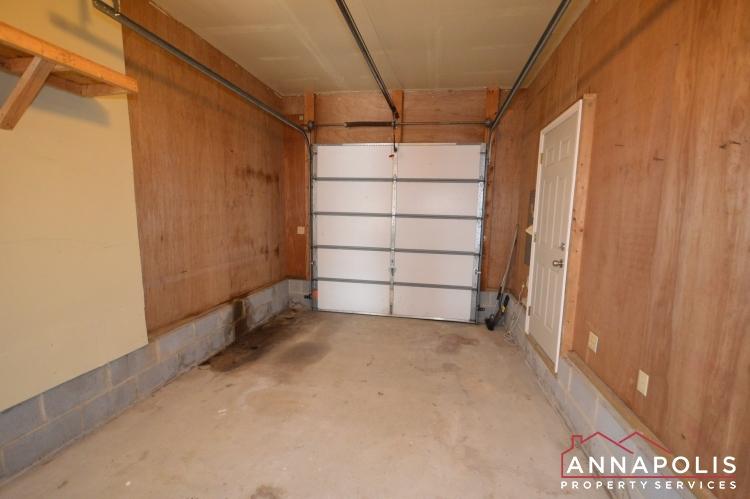 631 Alston Place-Garage a.JPG
