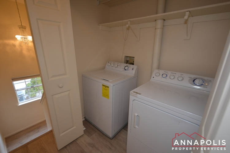 631 Alston Place-Washer and dryer(1).JPG