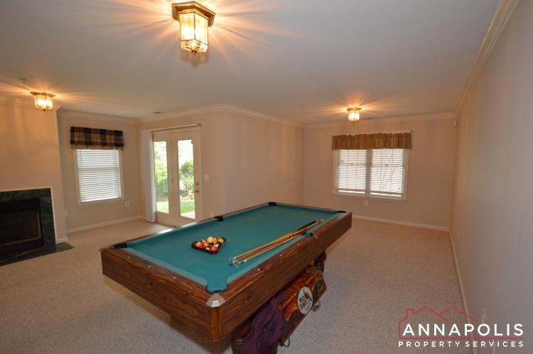 632 Andrew Hill Road-Family room d.JPG