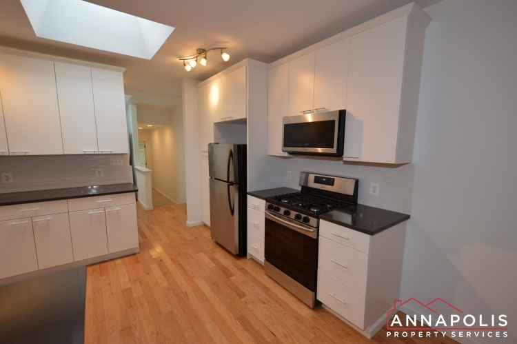 232 West Street-Kitchen b (4)(1).JPG