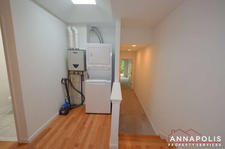 232 West Street-Washer and dryer a (1)(1).JPG