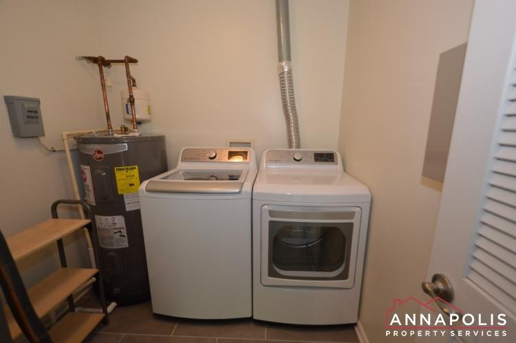 30J Ironstone Court-Washer and dryer (1).JPG