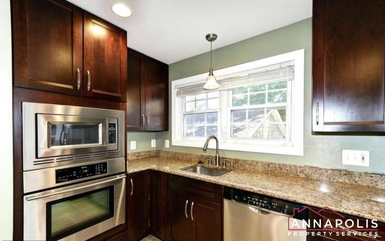 3 Goodrich Rd-Kitchen (2nd oven).jpeg