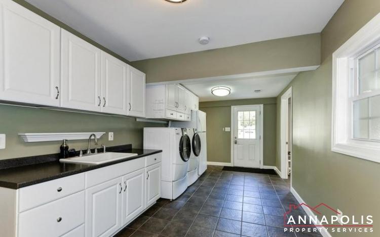 3 Goodrich Rd-Laundry Room.jpeg