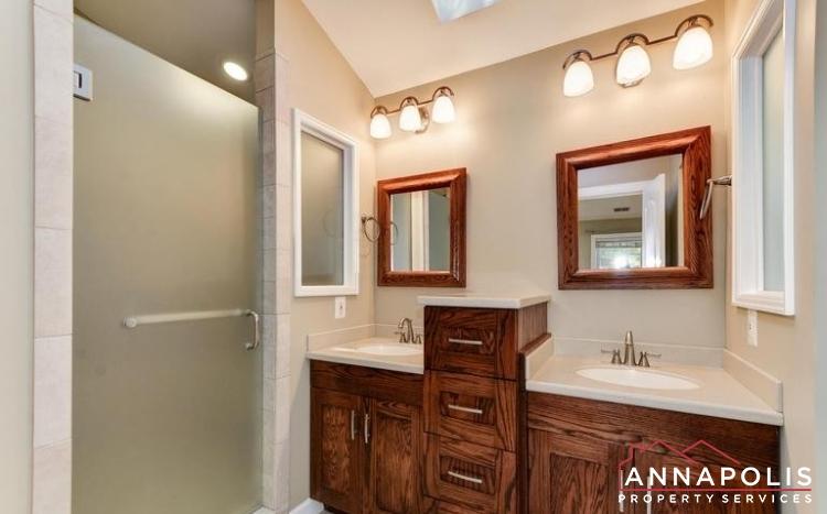 3 Goodrich Rd-Master Bathroom.jpeg