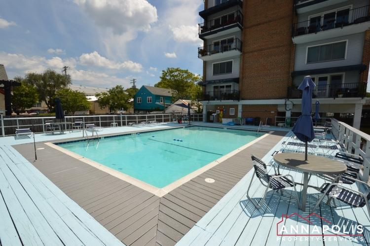 312 Severn Ave # 301-Community pool d.JPG
