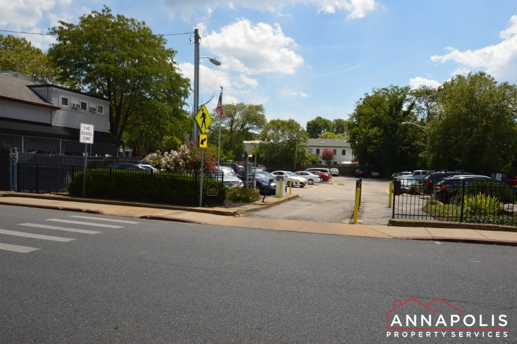 312 Severn Ave # 301-Private parking lot.JPG