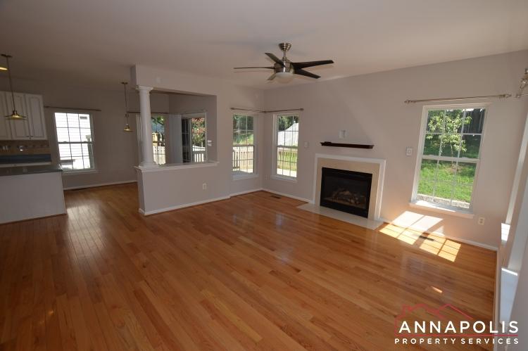122 Farmbrook Lane-Living Room