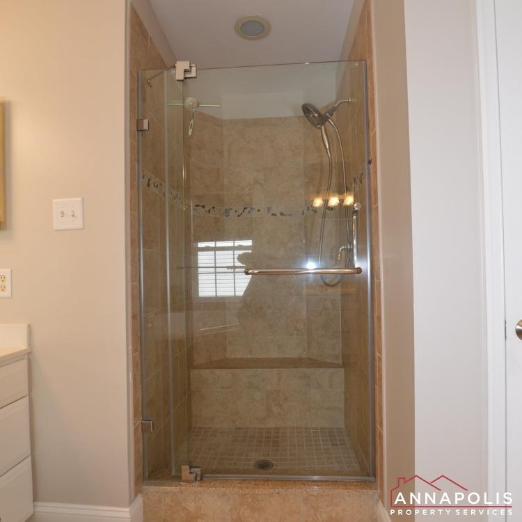 122 Farmbrook Lane-Master shower1.jpg