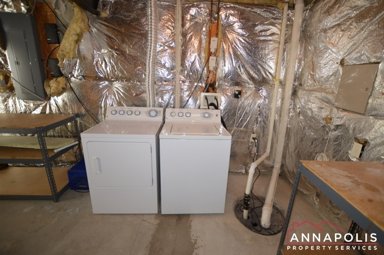 122 Farmbrook Lane-Washer and dryer(1).JPG