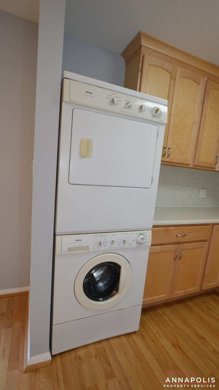 3 Georgetown Court-Washer and dryer.jpg