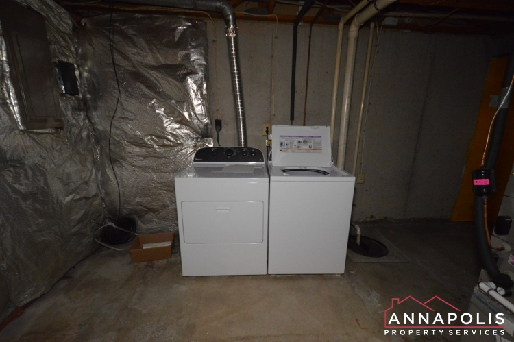 1184 White Coral Court-Washer and dryer(1).JPG